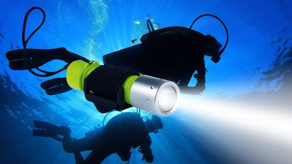 Best Diving Safety Lights in Reviews