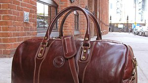 Leather Duffle Bags for weekend gateways