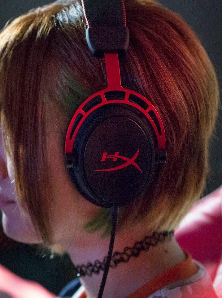 HX gaming headset
