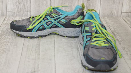 the Asics Gel Venture 5 Running Shoe